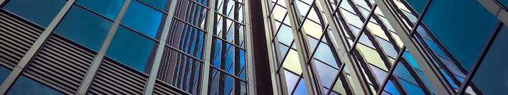 fachada acristalada Compromisos